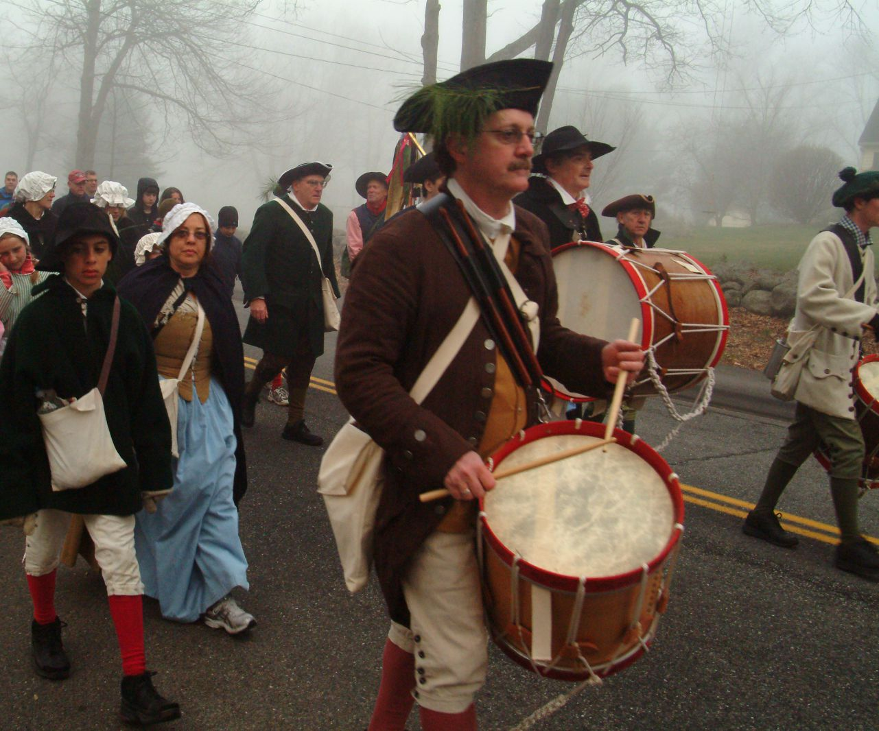 Picture of colonial re-enactors marching